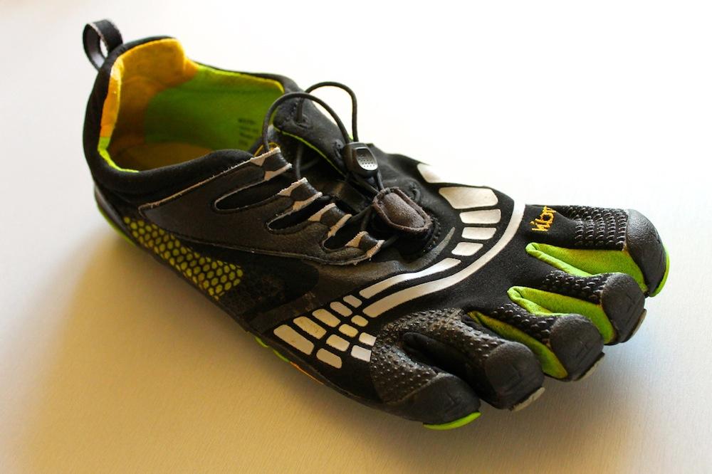 Vibram FiveFingers KMD Sport LS #1 (c) running-twins.de